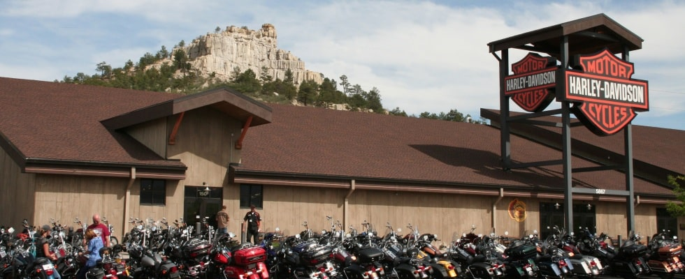 Pikes Peak H-D Store front